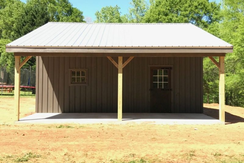 lean to horse shed