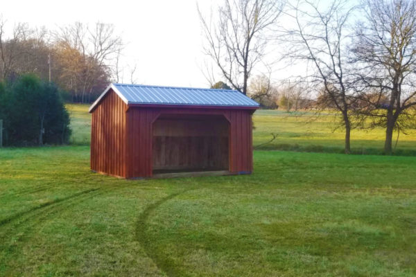 run in horse shed