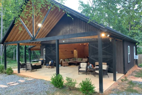 high country horse barn in asheville